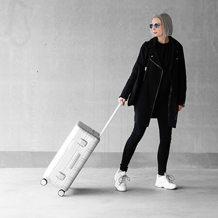 Alumo, our first aluminium suitcase